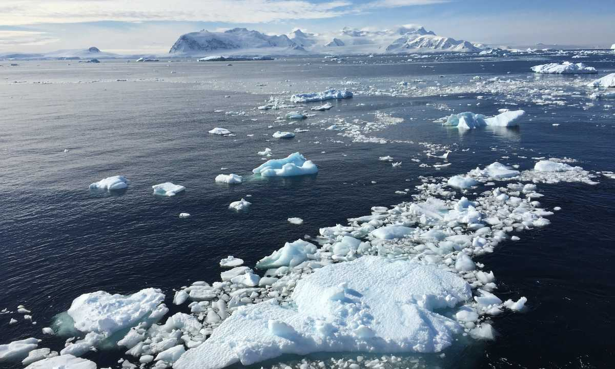 AM_3_AM_ALL_Antarctica ice february