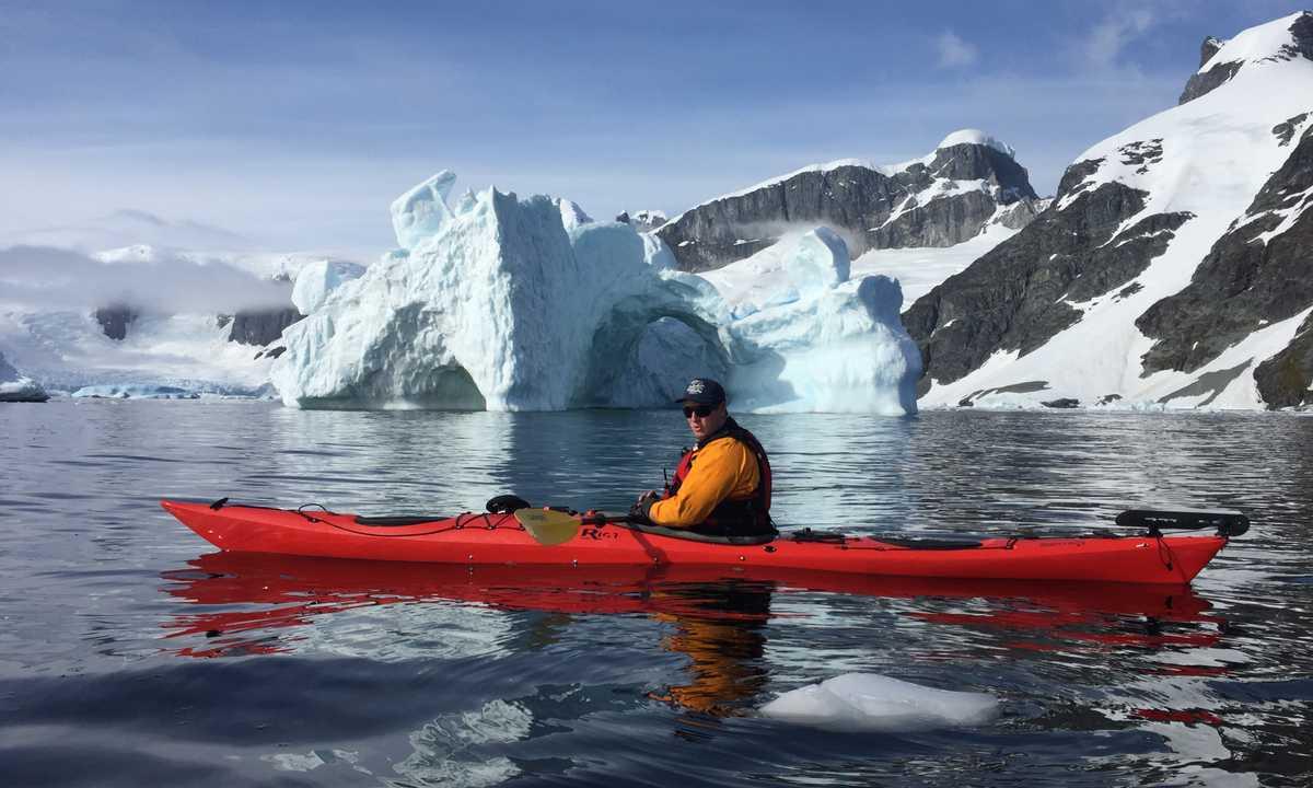 AM_3_AM_ALL_Antarctica kayak
