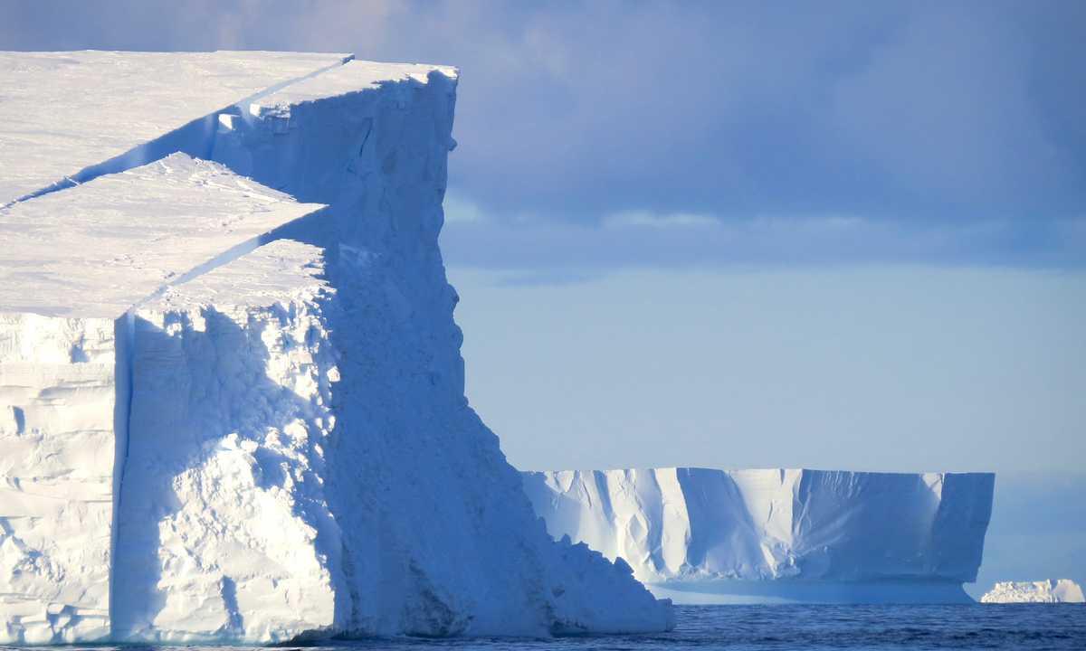 HER_4_HER_RTD_IcebergsRossSea