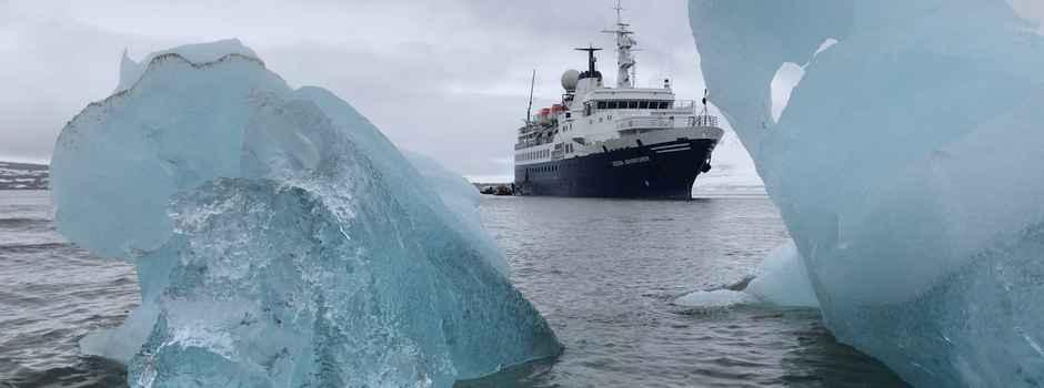 QUA_3_QUA_RTD_OA-Ship-Ice